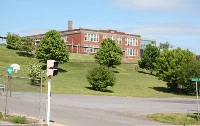 Galax Elementary School image. Click for full size.