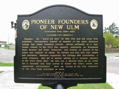 Pioneer Founders of New Ulm Marker image. Click for full size.