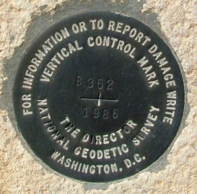 National Geodetic Survey Vertical Control Mark image. Click for full size.