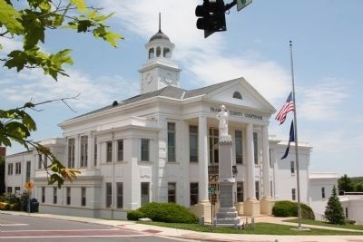 Franklin County Courthouse image. Click for full size.