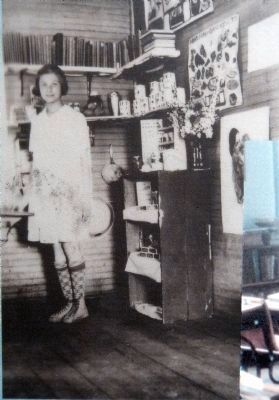 Student Ann Cranford in the early 1930's, with supplies - some donated by companies - for free lunch image. Click for full size.
