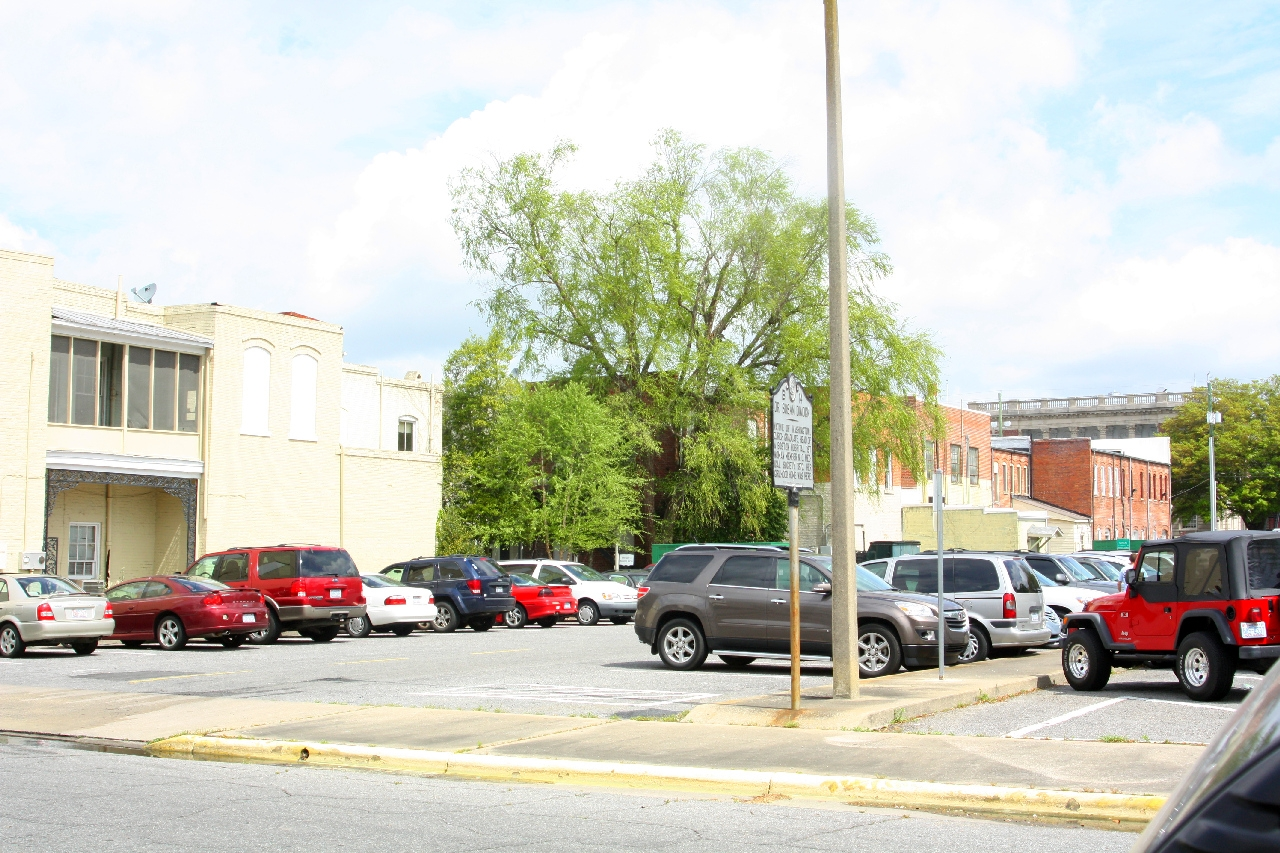 Dr. Susan Dimock Marker: today a parking lot where the home (Lafayette Hotel) once stood