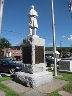 Charlestown Civil War and World War Memorial Marker image. Click for full size.