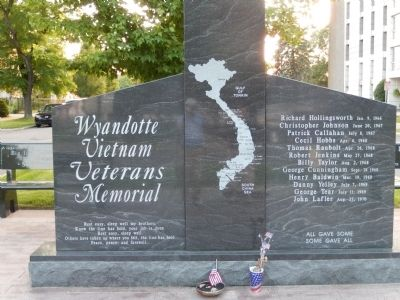 Wyandotte Vietnam Memorial image. Click for full size.