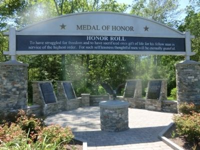 Medal of Honor-Honor Roll Marker image. Click for full size.