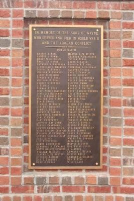Wayne County Veterans Memorial,plaque 2, WWII and Korea image. Click for full size.