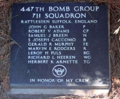 447th Bomb Group 711 Squadron image. Click for full size.