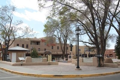 Taos Plaza Entrance and Three Markers image. Click for full size.
