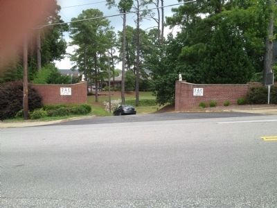 Entrance to Sigma Alpha Epsilon grounds image. Click for full size.