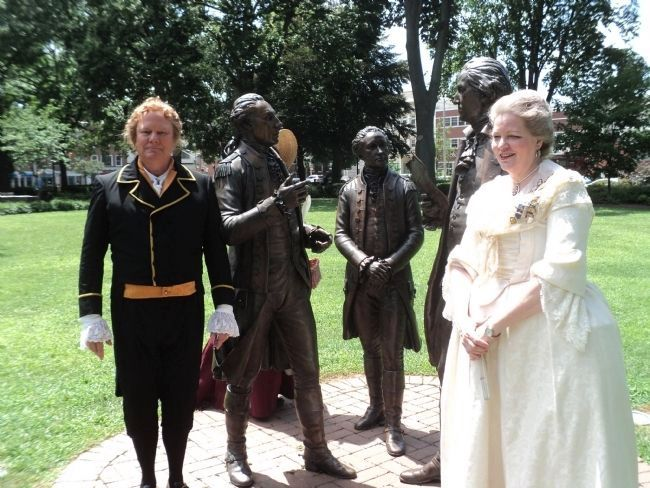 Alexander Hamilton and wife Elizabeth Schuyler at the Statues image. Click for full size.