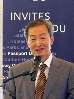 Ambassador Ahn Ho-young of the Republic of Korea image. Click for full size.