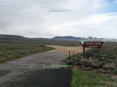 Entrance to South Pass Overlook image. Click for full size.