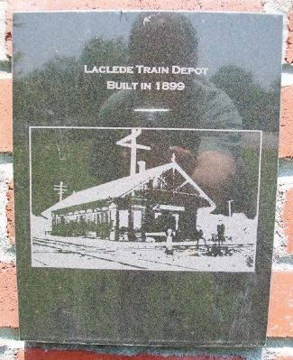 Laclede Train Depot Marker on Laclede Monument image. Click for full size.