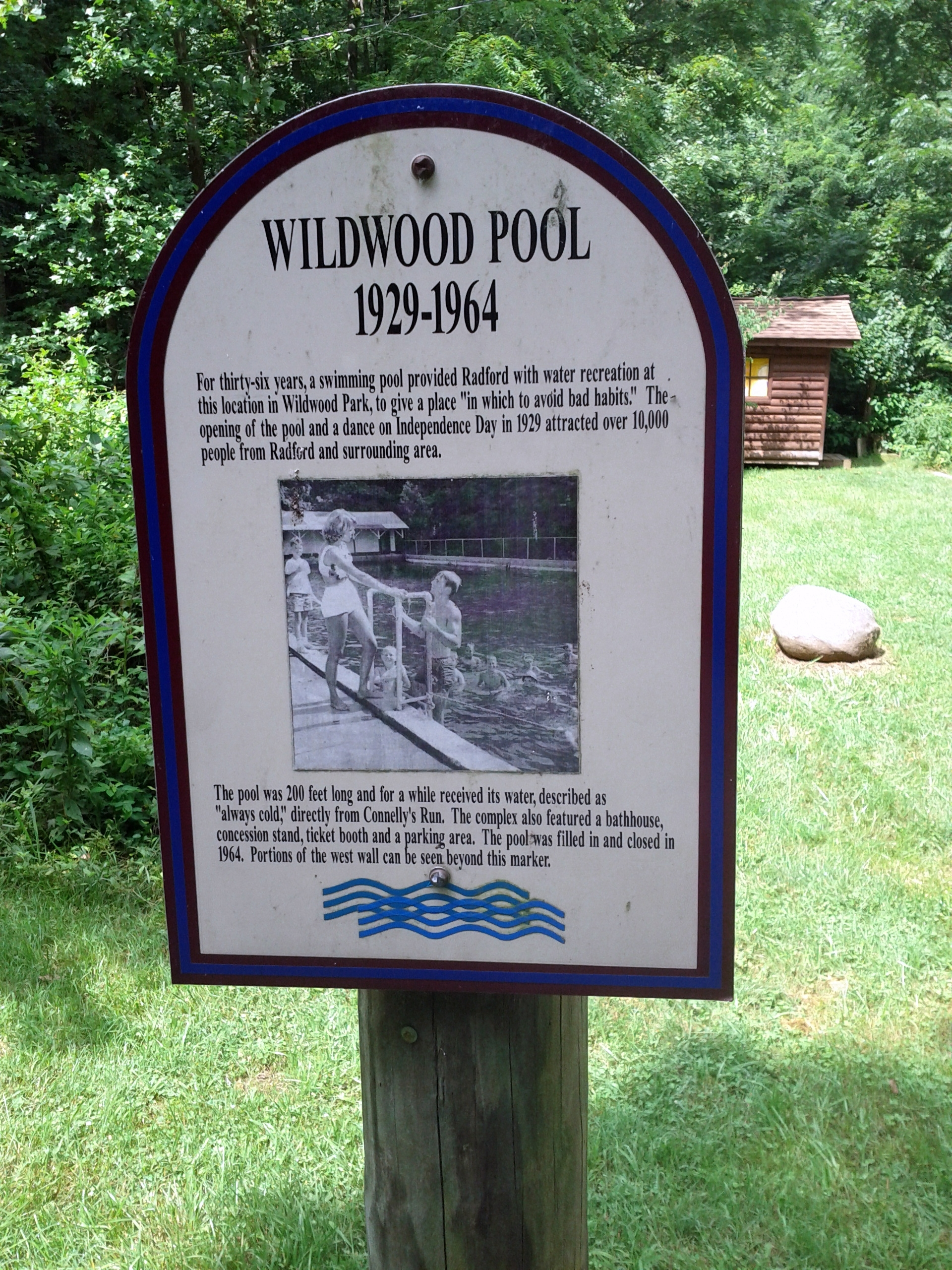 Wildwood Pool Marker