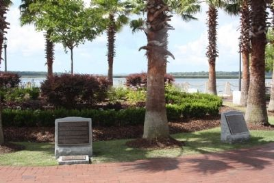Beaufort South Carolina Tricentennial Marker, Plaques 1 and 2 image. Click for full size.
