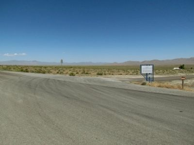 Frontage Road / Lake Road Intersection image. Click for full size.
