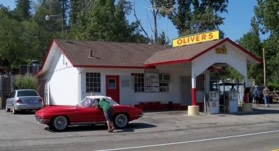 Oliver's and a nice Corvette image. Click for full size.