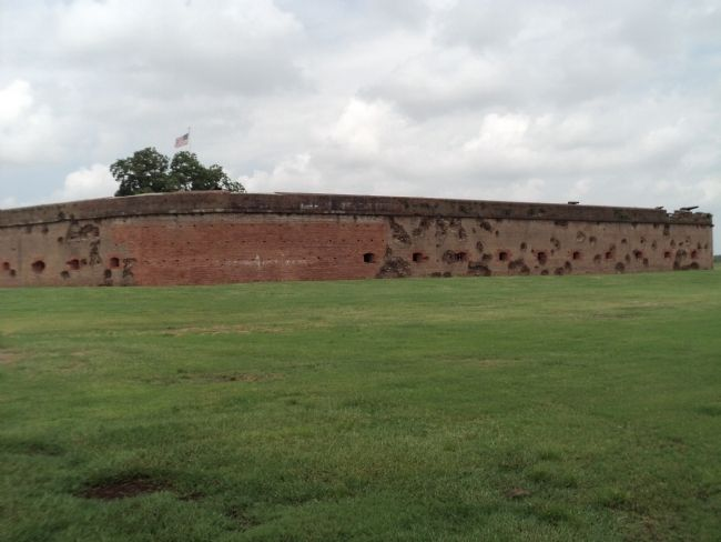 Fort Pulaski Artillery Damage image. Click for full size.