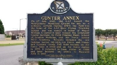 Gunter Annex Marker image. Click for full size.