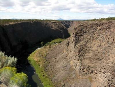 Crooked River Gorge image. Click for full size.