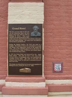 Grand Hotel Marker with Podcast image. Click for full size.