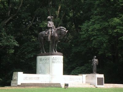 Statue of Nathaniel Greene in Guilford Courrthouse National Park image. Click for full size.