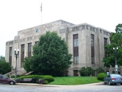 Clay County Courthouse image. Click for full size.