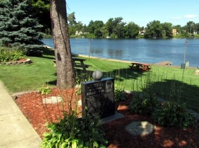 East side of marker overlooking Maple Lake image. Click for full size.