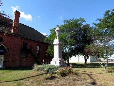 Lawton Civil War Monument image. Click for full size.