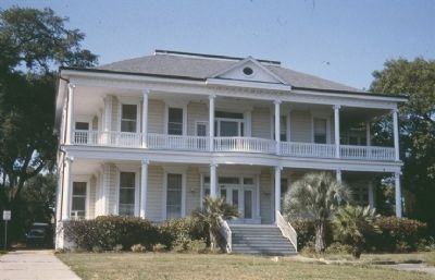 House before Katrina destroyed it. image. Click for full size.
