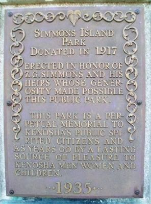 Simmons Island Park Marker (east side) image. Click for full size.