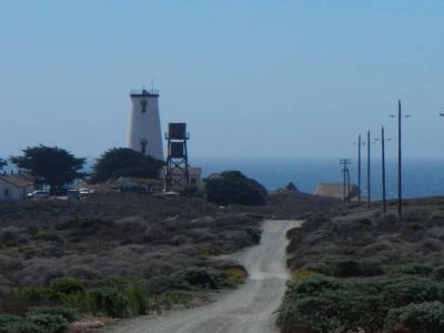 Piedras Blancas Lighthouse image. Click for full size.