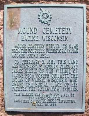 Mound Cemetery DAR Marker image. Click for full size.