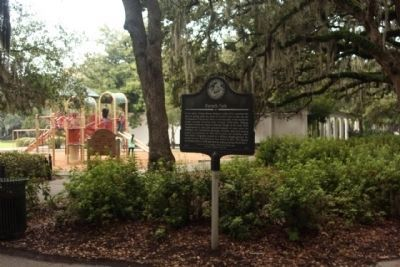 Forsyth Park Marker amid the park image. Click for full size.