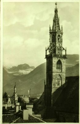 Cathedral (Parish Church of Our Lady of the Assumption) image. Click for full size.
