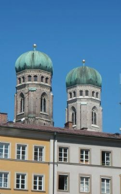 Our Lady Cathedral's steeples towering over Old Munich image. Click for full size.