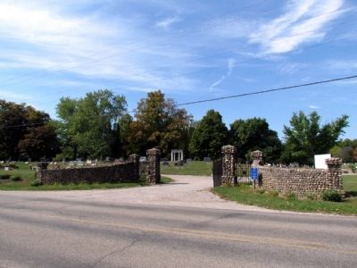 Entrance to west section of Lakeview Cemetery image. Click for full size.
