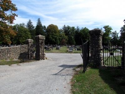 Entrance to east section of Lakeview Cemetery image. Click for full size.