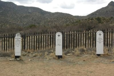 Apache Children Grave Sites image. Click for full size.