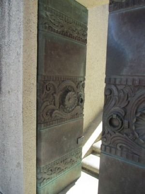 Wrigley Memorial Bronze Doors image. Click for full size.