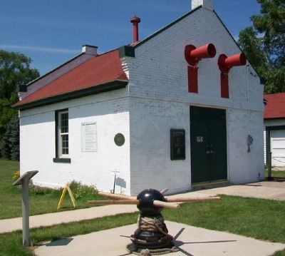 Fog Horn House and Marker image. Click for full size.