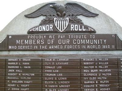World War II Memorial Detail image. Click for full size.