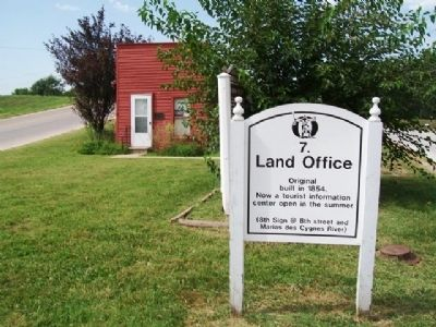 Land Office and Marker image. Click for full size.