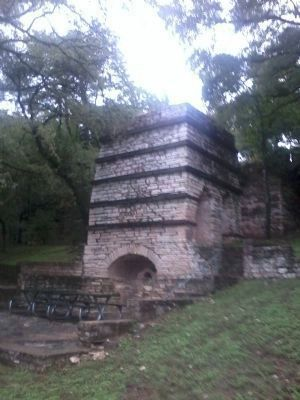 Taylor Lime Kiln No. 1 image. Click for full size.