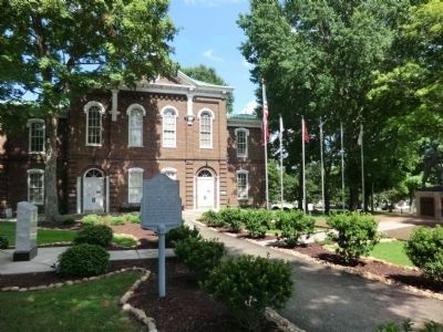 Loudon County Courthouse image. Click for full size.