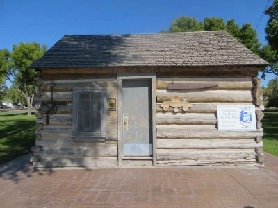 McCullough Log House and Post Office image. Click for full size.