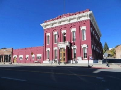 Eureka Courthouse image. Click for full size.