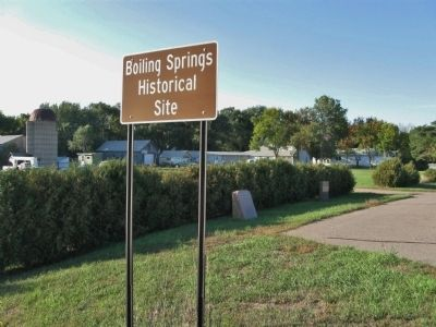 Boiling Springs Historical Site image. Click for full size.