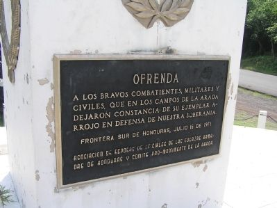 "Monument to the Honduran soldier during the ""100 Hours War"" Marker image. Click for full size."
