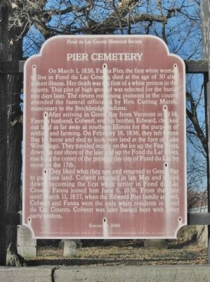 Pier Cemetery Marker image. Click for full size.